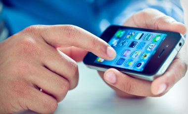 Experiment Reveals Smart Phone Risks